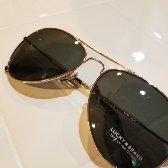910defcc88 Lucky Brand Aviator Sunglasses